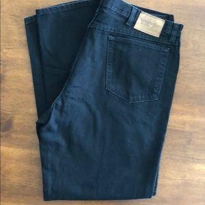 NWOT Wrangler Rugged Wear Black Jeans